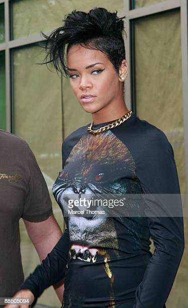 Singer Rihanna is seen on the Streets of Manhattan on June 15, 2009 in New York City.