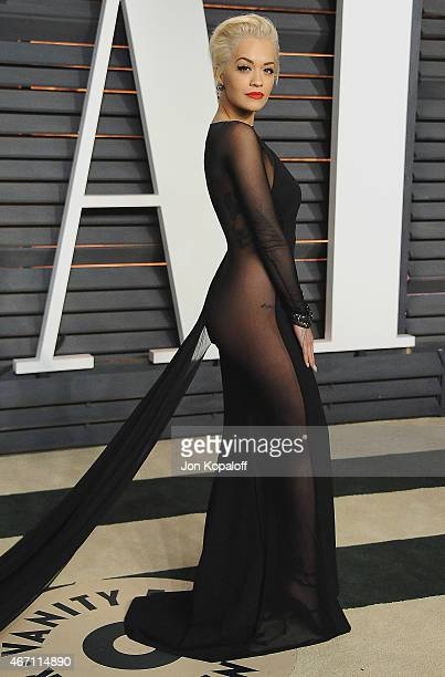 Singer Rita Ora arrives at the 2015 Vanity Fair Oscar Party Hosted By Graydon Carter at Wallis Annenberg Center for the Performing Arts on February...