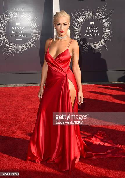 Donna Karan Red Dress Stock Photos and Pictures | Getty Images