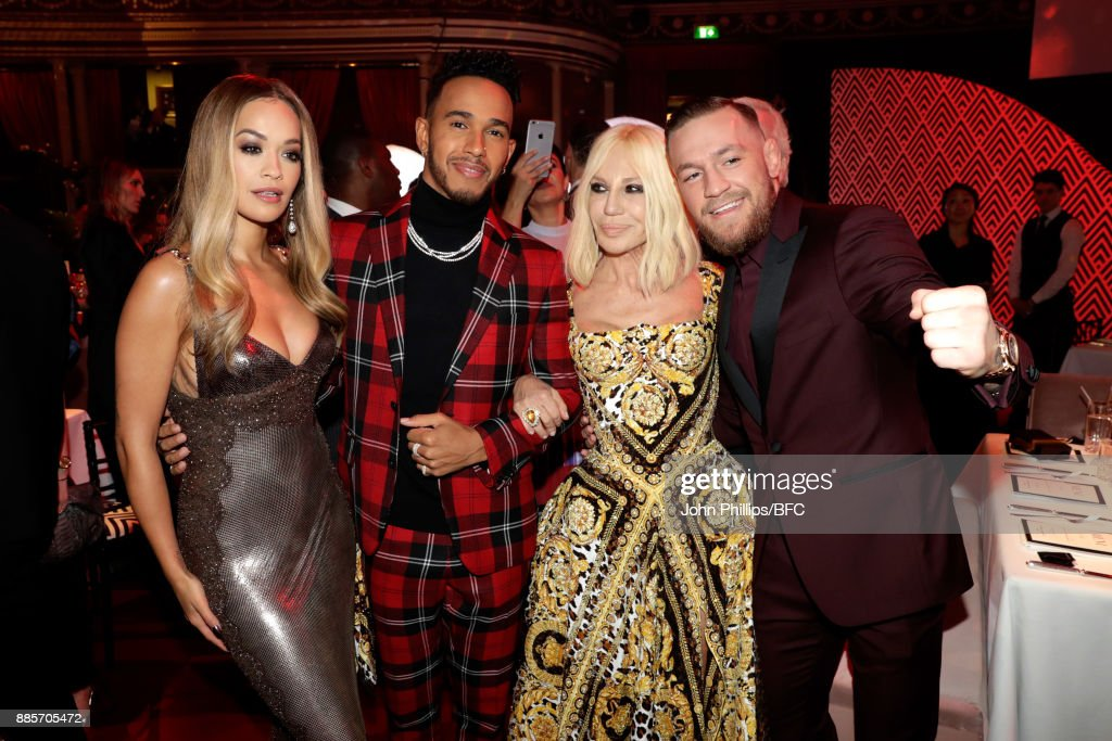 The Fashion Awards 2017 In Partnership With Swarovski - Show : News Photo