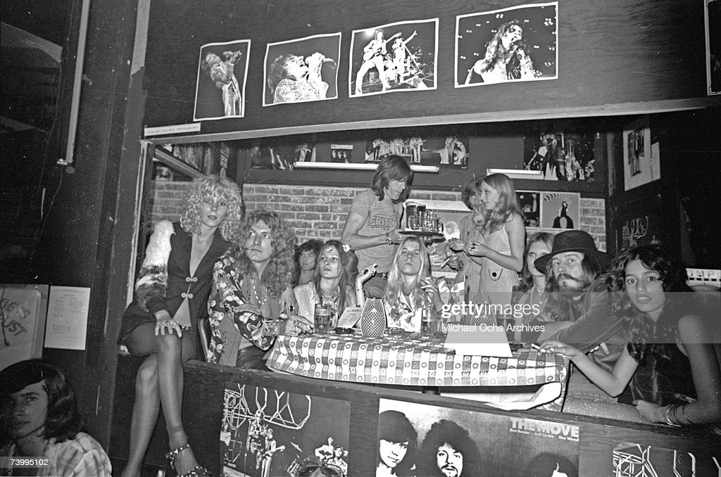 Led Zeppelin At Rodney's English Disco : News Photo