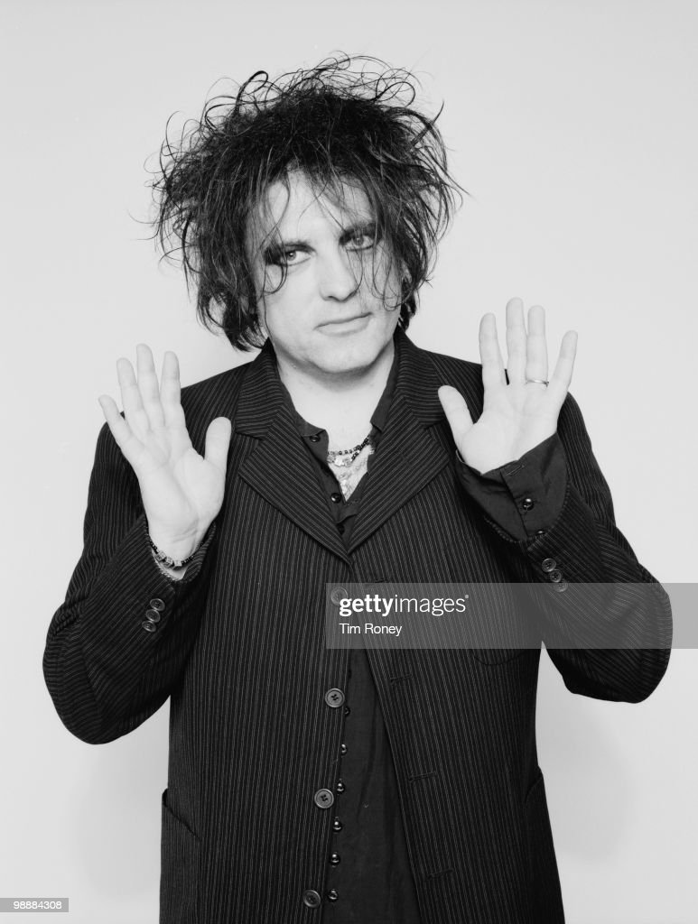 Singer Robert Smith of English pop group The Cure, 12th November 2001.