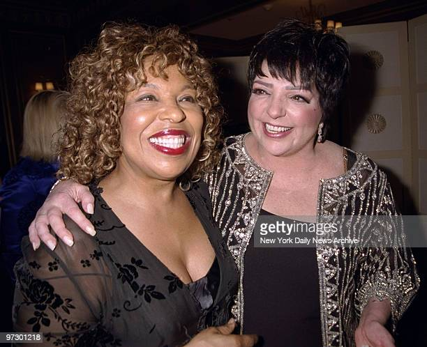 Singer Roberta Flack joins Liza Minnelli for the Drama League's benefit honoring Minnelli at the Pierre Hotel.