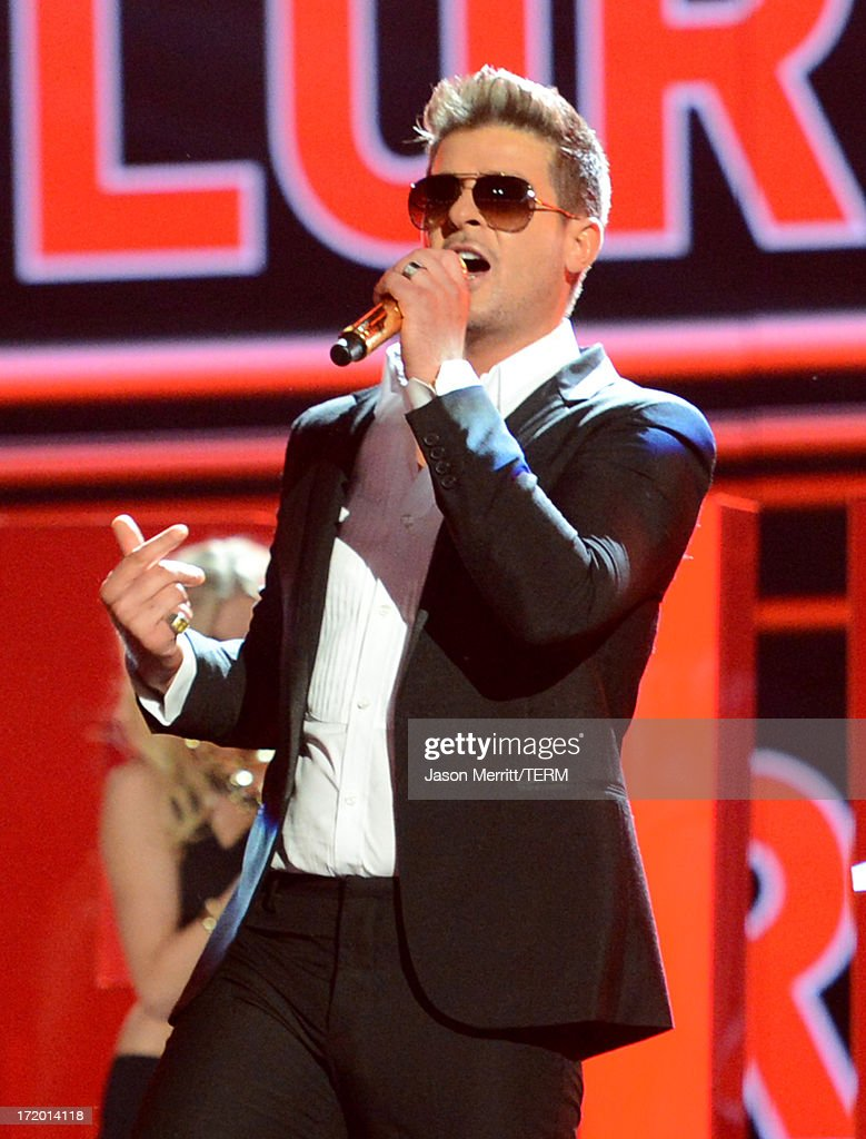 Robin thicke on bet awards chicago tribune sports betting