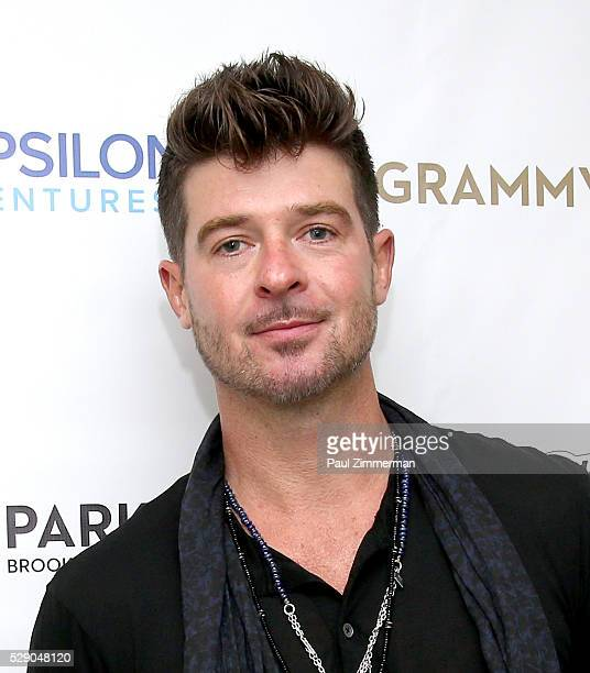 Singer Robin Thicke poses backstage at the MM'S Presents GRAMMY Park Featuring Robin Thicke Aloe Blacc on May 07 2016 in Brooklyn New York