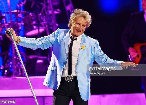 Singer Rod Stewart performs at Sprint Center on August 14 2014 in Kansas City Missouri