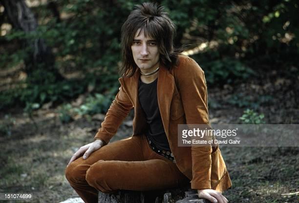 Singer Rod Stewart poses for a portrait in May 1971 in Central Park New York City New York