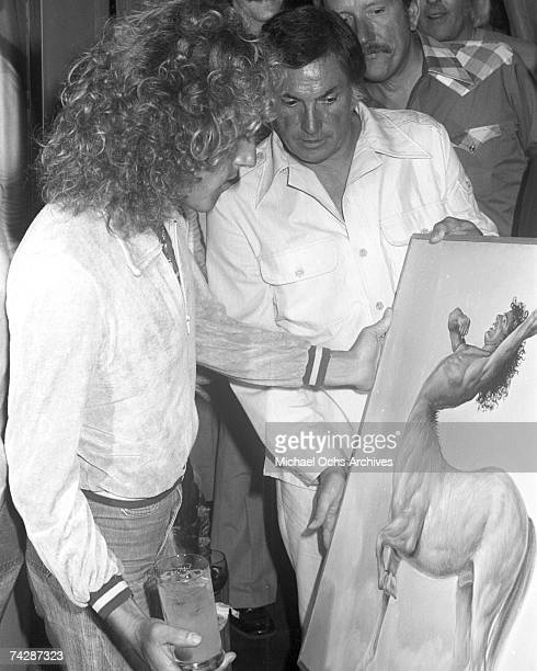 Singer Roger Daltrey of the rock and roll band 'The Who' attends a party on August 10 1975 in Los Angeles California
