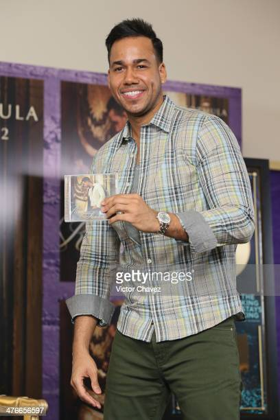 Singer Romeo Santos attends a press conference to promote his new album 'Formula Vol 2' at at W Hotel on March 4 2014 in Mexico City Mexico