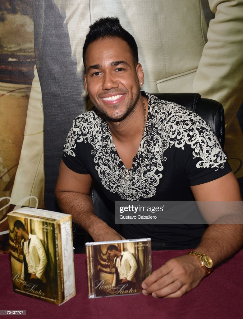 Singer Romeo Santos Attends His Meets And Greets Fans At Walmart On