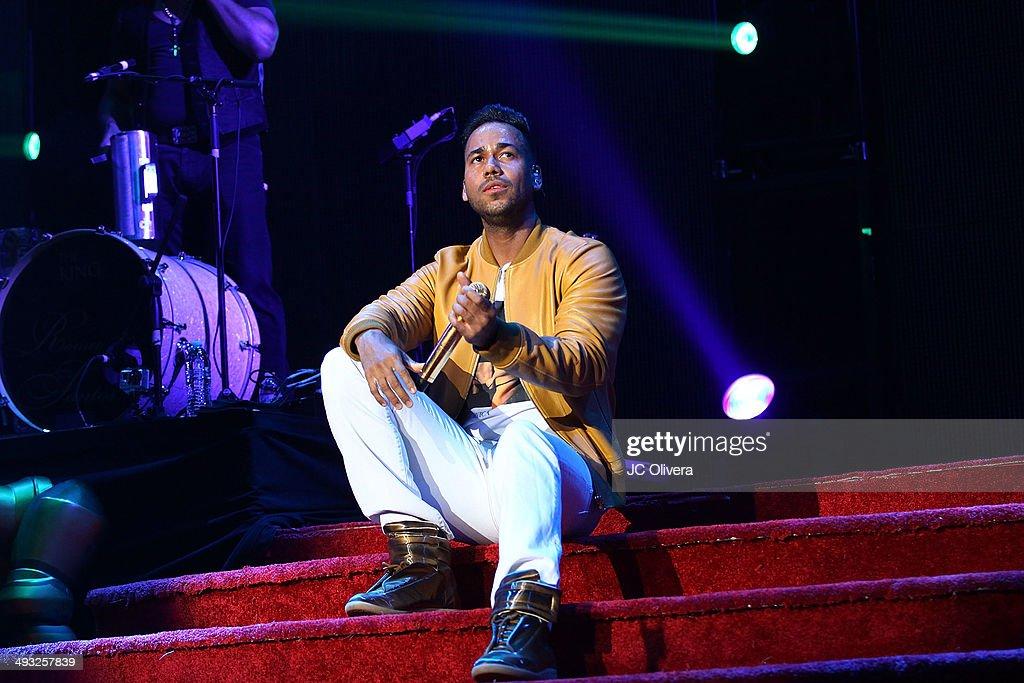 Romeo Santos In Concert - 'The Formula Volume 2 Tour' - Los Angeles, CA : News Photo