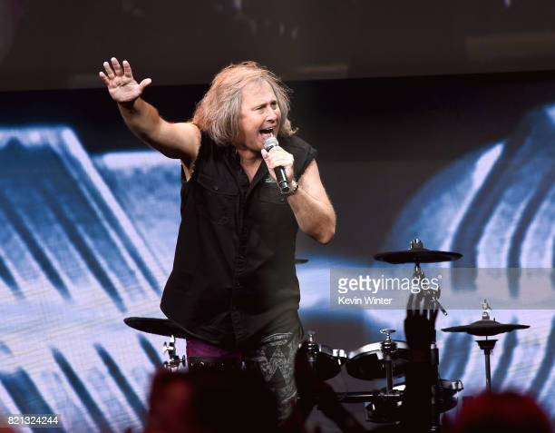 Singer Ronnie Platt of Kansas performs onstage at the 'Supernatural' panel during ComicCon International 2017 at San Diego Convention Center on July...
