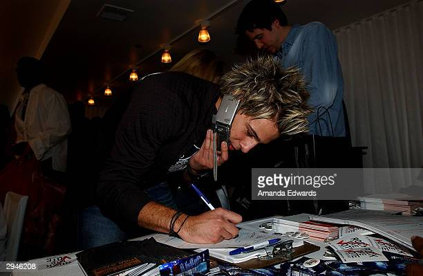 Singer Ryan Cabrera registers to vote at the Rock the Vote Style Suite at the Mondrian Hotel on February 7 2004 in West Hollywood California