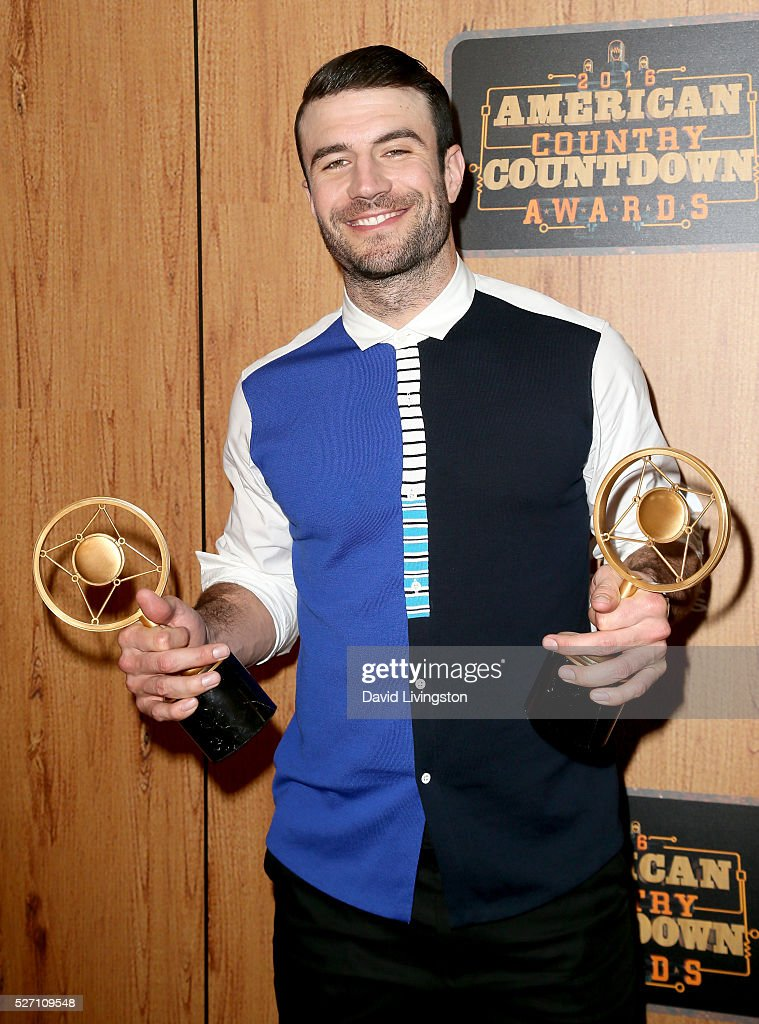 Singer Sam Hunt, winner of the awards for 'Digital Album of the Year' and 'Breakthrough Male of the Year', poses in the press room at the 2016 American Country Countdown Awards at The Forum on May 01, 2016 in Inglewood, California.