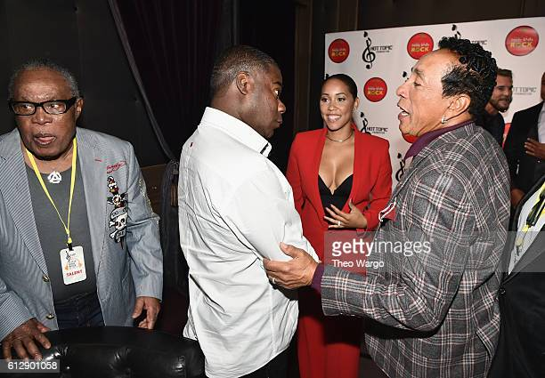 Singer Sam Moore actor Tracy Morgan actor Megan Wollover and singersongwriter Smokey Robinson speak backstage during Little Kids Rock Benefit 2016 at...