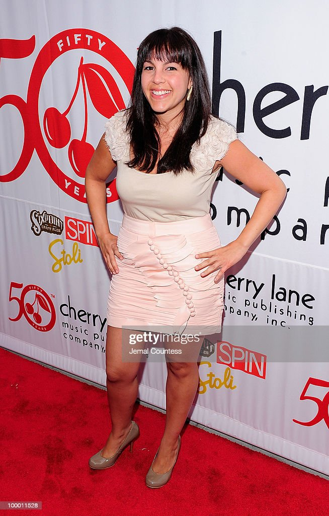 Singer Sami Akbari poses on the red carpet at the Cherry Lane Music Publishing's 50th Anniversary celebration at Brooklyn Bowl in Brooklyn on May 19, 2010 in New York City.