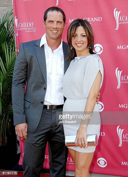 Singer Sara Evans and fiance radio host Jay Baker attend the 43rd Academy of Country Music Awards at The MGM Grand Garden Arena on May 18, 2008 in...