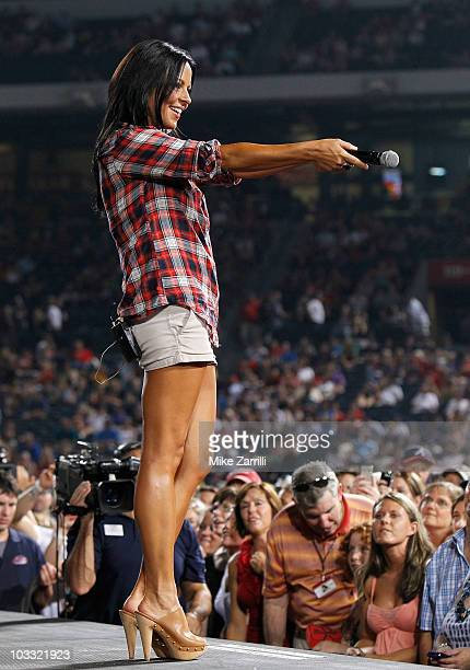 Singer Sara Evans performs in a postgame concert following the Major League Baseball game between the San Francisco Giants and the Atlanta Braves at...