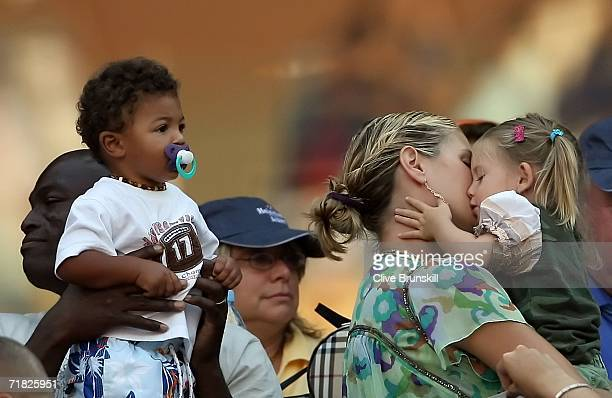 Singer Seal Heidi Klum their son Henry and Heidi's daughter Leni attend the match between Amelie Mauresmo of France and Maria Sharapova of Russia in...