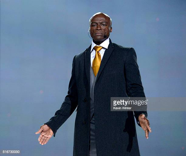 Singer Seal rehearses onstage for The Passion at Woldenberg Park on March 19 2016 in New Orleans Louisiana