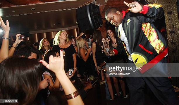Singer Sean Kingston performs at his album release party at Tenjune on September 22, 2009 in New York City.