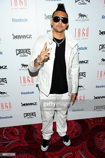 Singer Sean Paul arrives at the Tabu Ultra Lounge at MGM Grand Hotel/Casino for the opening night of the JabbaWockeez dance crew show MUSIC on May 7...