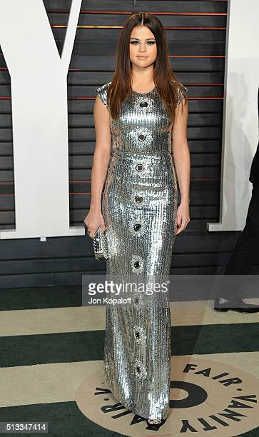 Singer Selena Gomez arrives at the 2016 Vanity Fair Oscar Party Hosted By Graydon Carter at Wallis Annenberg Center for the Performing Arts on...