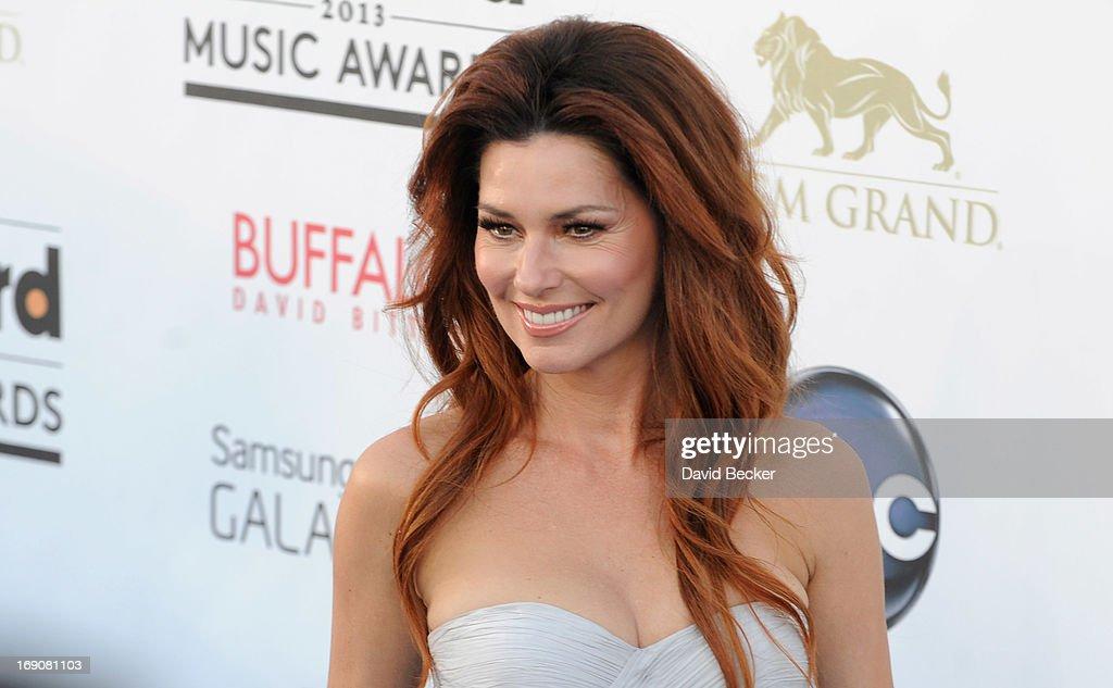 2013 Billboard Music Awards - Arrivals : News Photo