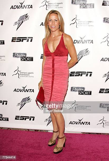 Singer Sheryl Crow arrives on the Playtex Sport Pink Carpet at the Women's Sports Foundation's 28th Annual Salute to Women in Sports at the...