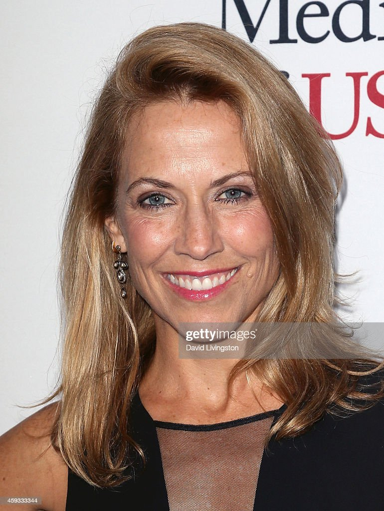 Singer Sheryl Crow attends the USC Institute of Urology Changing Lives and Creating Cures Gala at the Beverly Wilshire Four Seasons Hotel on November 20, 2014 in Beverly Hills, California.