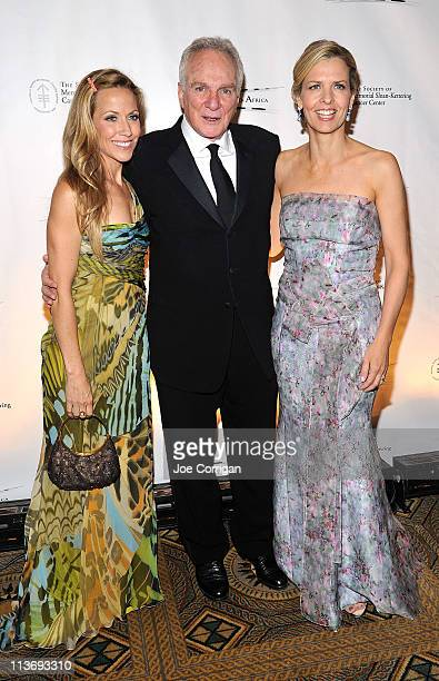 Singer Sheryl Crow jewerly designer David Yurman and Heather Leeds President of The Society of Memorial SloanKettering Cancer attend the Society of...