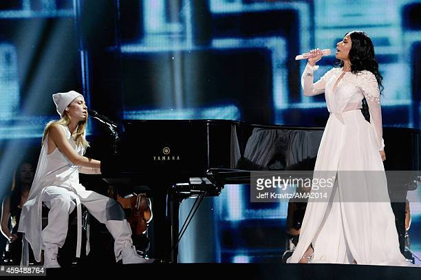Singer Skylar Gray and rapper Nicki Minaj perform onstage at the 2014 American Music Awards at Nokia Theatre LA Live on November 23 2014 in Los...