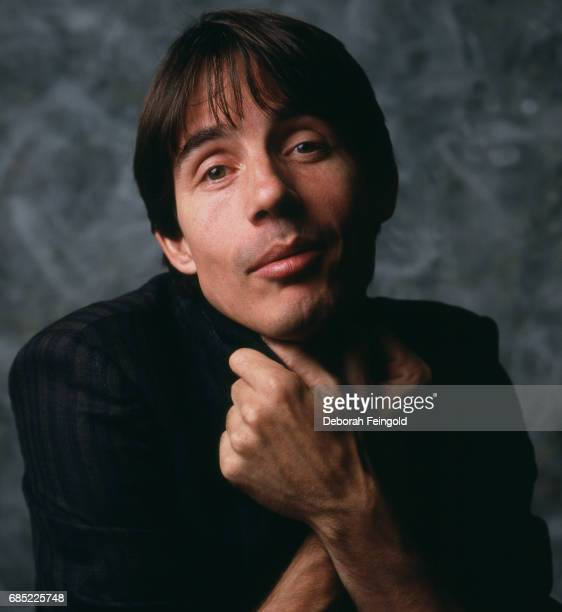 Singer songwriter and guitarist Jackson Browne poses for a portrait in 1983 in Worcester MA