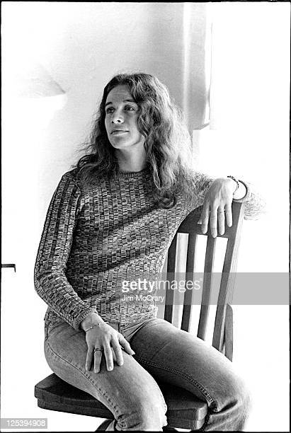 Singer songwriter Carole King poses for a portrait at her Laurel canyon home on Appian Way on February 13 1971 in Los Angeles California