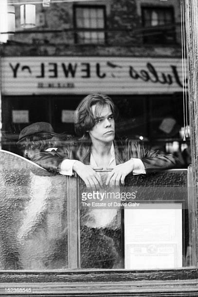 Singer songwriter David Johansen poses for a portrait on March 30 1978 in New York City New York