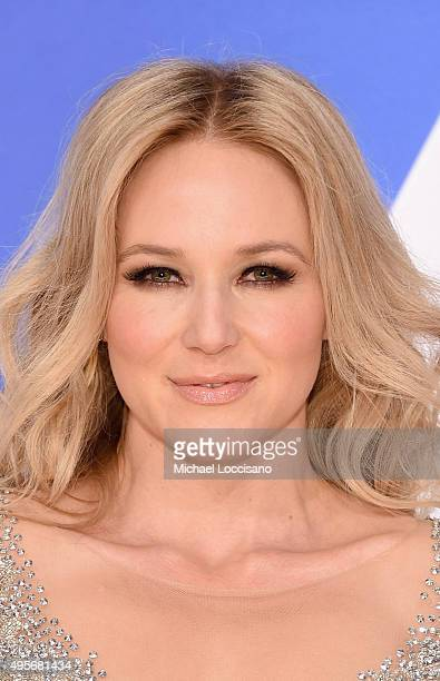 Singer songwriter Jewel attends the 49th annual CMA Awards at the Bridgestone Arena on November 4, 2015 in Nashville, Tennessee.