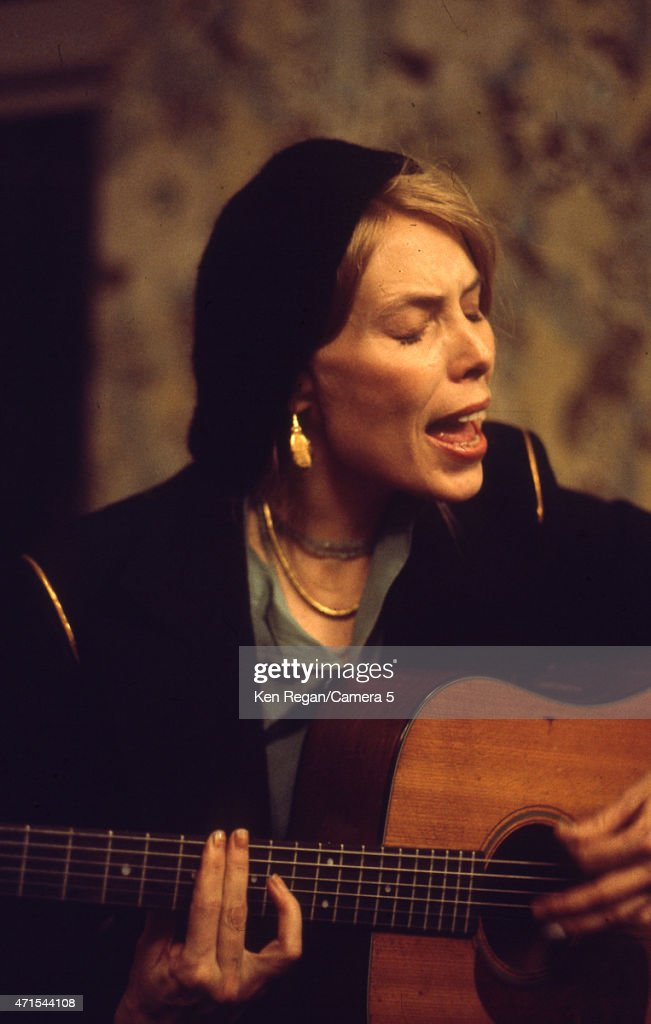 Singer, songwriter Joni Mitchell photographed during the Rolling Thunder Revue on January 1, 1975, in New York City.