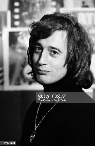 Singer songwriter Robin Gibb of the musical group The Bee Gees poses for a portrait in April 1974 in Miami Florida