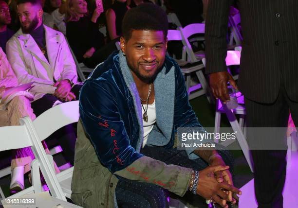 Singer / Songwriter Usher attends the 3rd night of the 2021 Los Angeles Fashion Week on October 09, 2021 in Los Angeles, California.