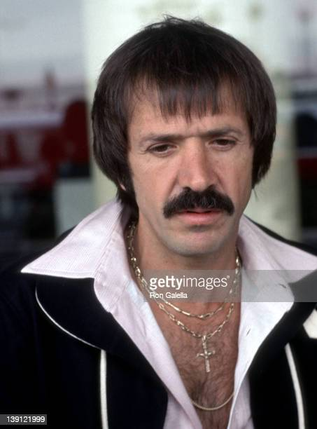 LOS ANGELES JUNE 12 Singer Sonny Bono on June 12 1977 arrives at the Los Angeles International Airport in Los Angeles California