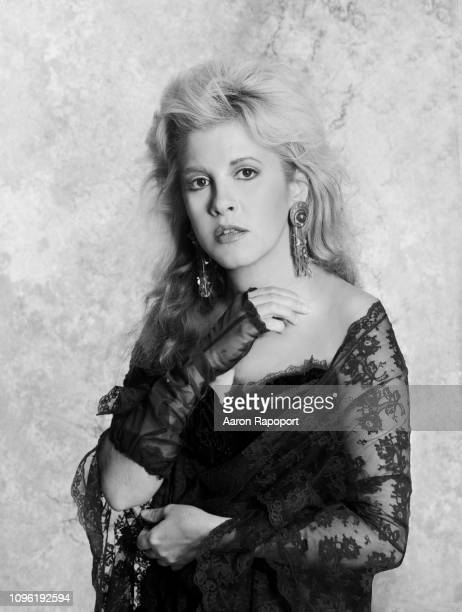 Singer Stevie Nicks of Fleetwood Mac pose for a portrait circa 1987 in Los Angeles, California