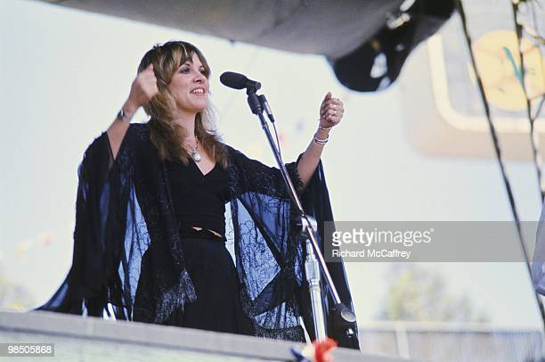Singer Stevie Nicks of the rock group 'Fleetwood Mac' performs onstage in May 1977