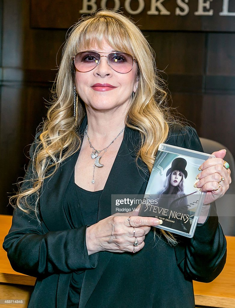 "Stevie Nicks Signing For ""In Your Dreams"""