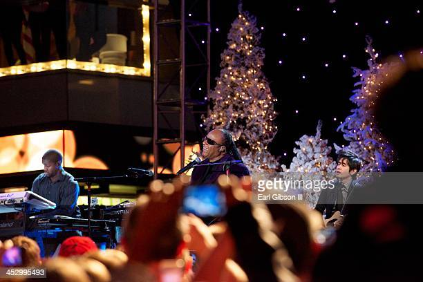 Singer Stevie Wonder performs at The Hollywood Christmas Parade on December 1, 2013 in Hollywood, California.