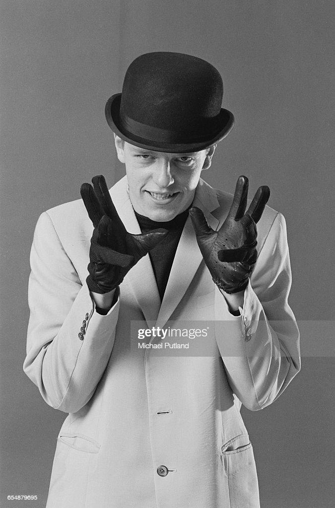 Singer Suggs of English pop/ska band Madness, during the cover shoot for their album, '7', London, 1981.