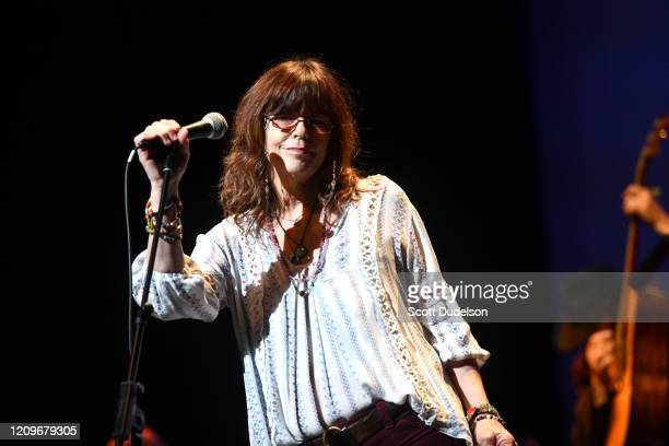Singer Susan Cowsill of the Cowsills and Continental Drifters performs onstage during the Wild Honey Foundation's benefit for Autism Think Tank at...
