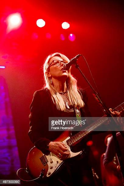 Singer Susan Tedeschi of Tedeschi Trucks Band performs live during a concert at the Tempodrom on November 15 2015 in Berlin Germany