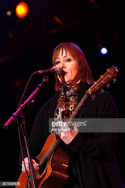 """Singer Suzanne Vega performs on stage during the """"Musik'Elles"""" Festival in Meaux."""