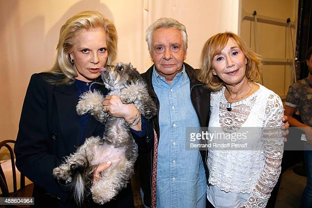 Singer Sylvie Vartan Singer Michel Sardou and actress MarieAnne Chazel attend the 'Vivement Dimanche' French TV Show at Pavillon Gabriel on September...