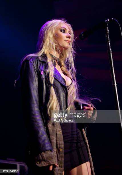 Singer Taylor Momsen of the Rock Band Pretty Reckless performs live in concert at Hollywood Palladium on October 11 2011 in Hollywood California